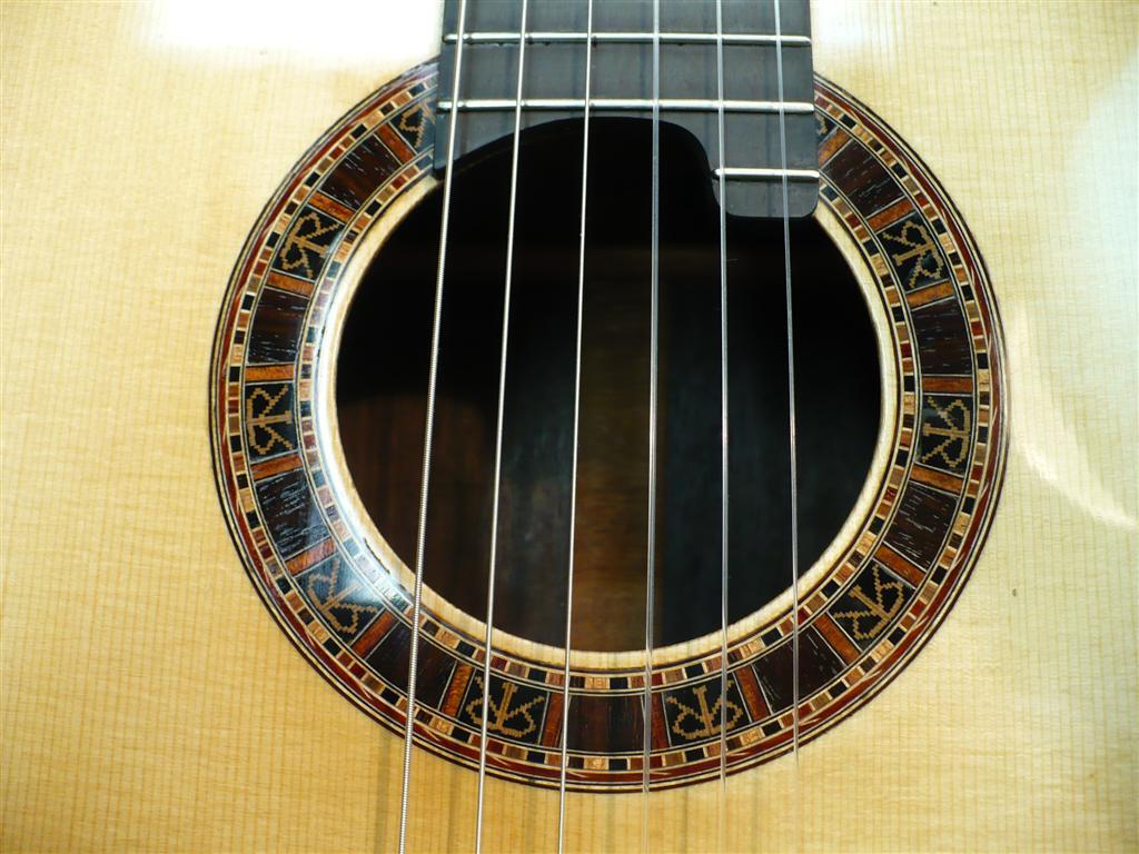 Waddy Thomson Guitars